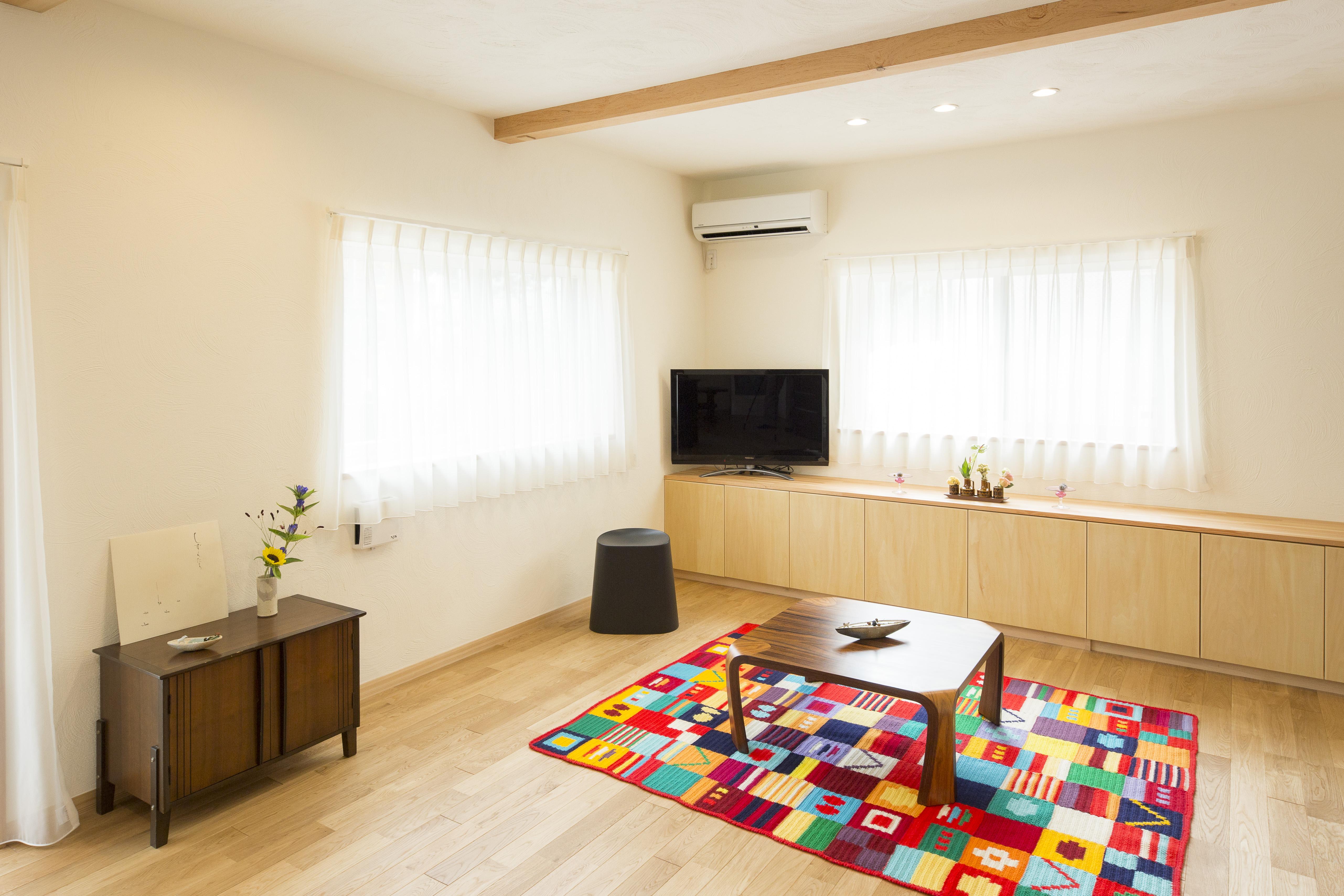 築33年のマンションリフォームが始まりました。住み慣れた我が家が無垢の木と漆喰で生まれ変わります。