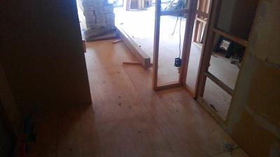 床の下地が完成しました。