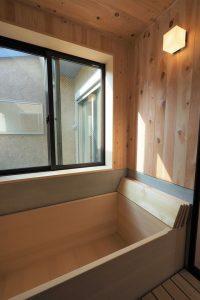 青森ヒバの浴槽